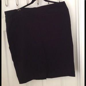 Maurice's black dressy skirt